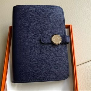 Dogon compact wallet in blue encre